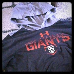 Giants Under Armour hoodedshirt